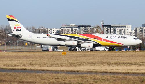Od wczoraj lata dla LOTu Airbus A340 w przepięknym malowaniu Air Belgium.