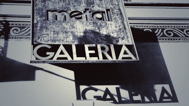 Pstryk Codzienny - Galeria metalowa do kwadratu
