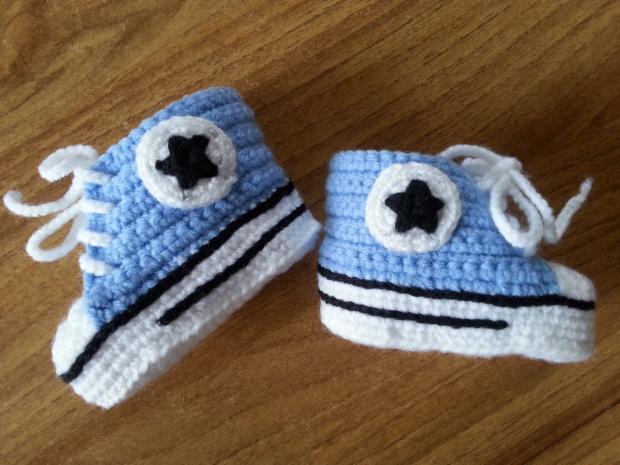 buciki niemowlęce na szydełku