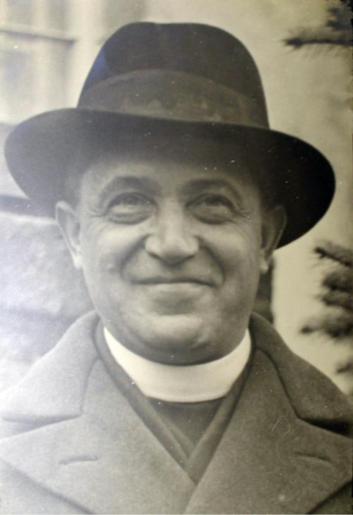 ks. Jan Jazdończyk w Bronikowie