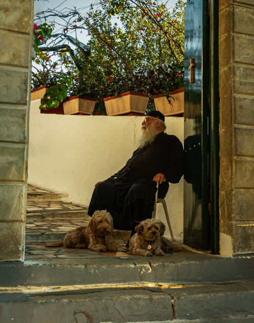 Na straży wejścia do świątyni