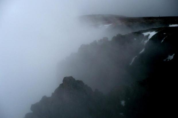 Jeszcze we mgla czy już w chmurach? - Śnieżne Kotły, Sněžné jámy