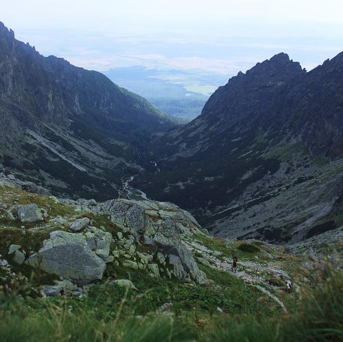 Spojrzenie na Dolinę Małej Zimnej Wody (Malá Studená dolina)