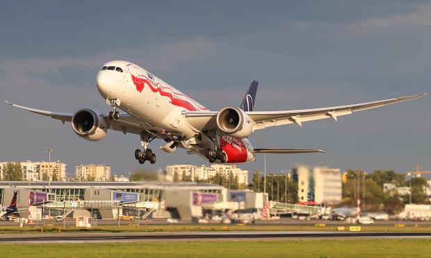 Odlot Dreamlinera o złotej godzinie jaki zapamiętam na długo :)