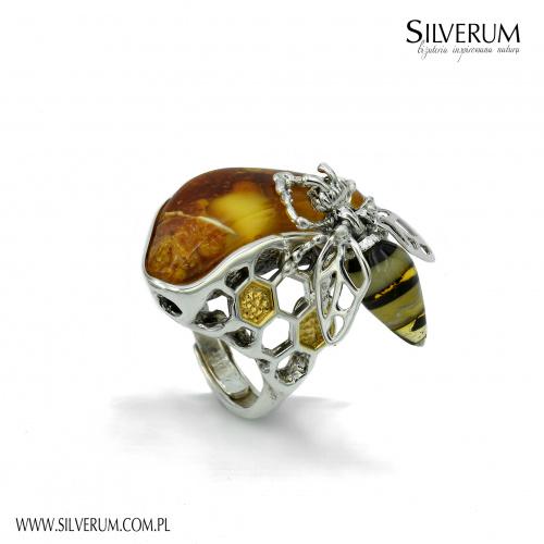 DUŻY PIERŚCIONEK Z BURSZTYNEM - silverum.com.pl #artystyczny #oryginalny #duży #pierscionek #bursztyn #pszczoła
