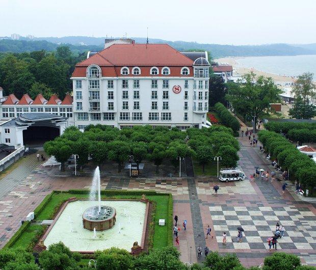 Skwer Kuracyjny i Hotel Sheraton